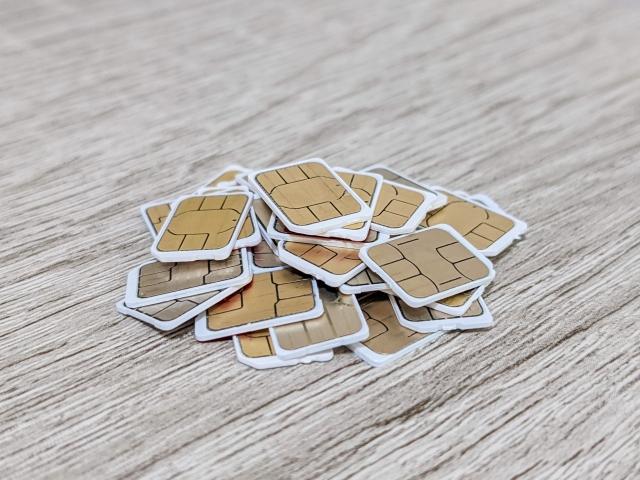 SIMカードの種類に注意